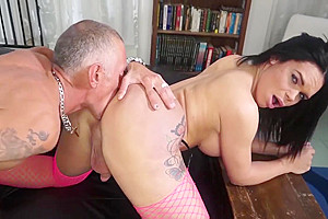 nasty latin chick Trans playgirl gets sperm On ass