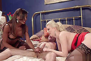 Ebony shemale fucks gf and male in threesome