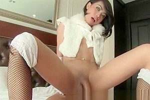 Ladyboy Many Posh Bareback Cum in Mouth