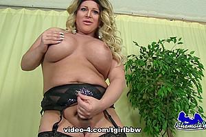 Bootylicious Nikki Miraj - TGirlBBW