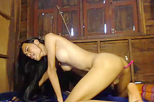 [M] Petite Ladyboy Enjoys Her butthole dildo