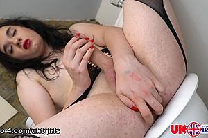 True British Doll Emily Kitty - UK-TGirls