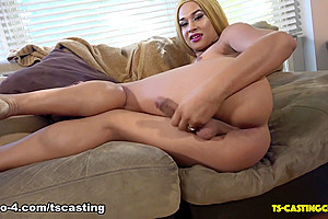 Latina Beauty Jayda Love - TS-Casting-Couch