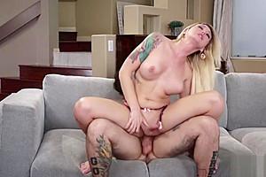 TS Superstar Aubrey Kate firstime meet and anal sex