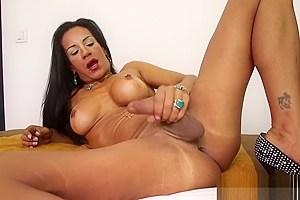 Shemale MILF Aline Ganzarolli Solo Masturbation