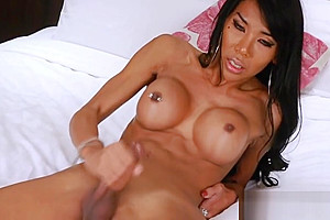Flirty tranny with pierce tits wank off her hard cock on cam