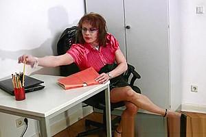 Nasty Lara - Office Amusement