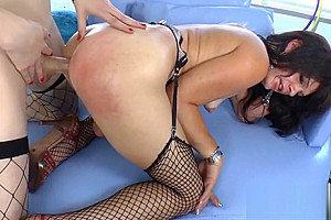 Two tgirls Stefani and Gina anal session