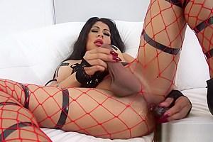 Kinky Shemale Tania Q Toying