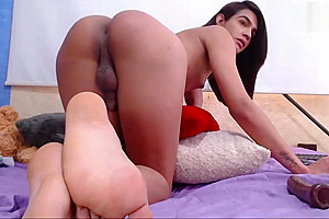 sexy latina tgirl shows off her big ass on webcam