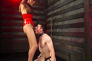 Busty TS dominant gets dicksucked by stud
