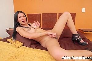 Anna Bella in Anna's Playtime - TransAtPlay