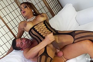 TransBella - Hot tranny Veronika Havenn getting fucked doggy style