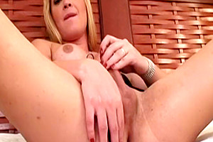 Blonde Tranny BBW Pumps Her Stiff Willy