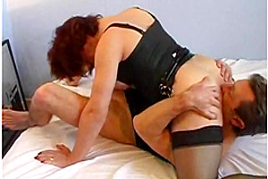 MIlf shemale in homemade porn scenes